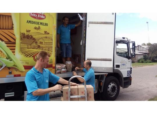 Fröhlich doa donativos para São Francisco de Paula