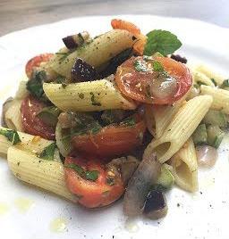 Salada de Massa Mediterrânea
